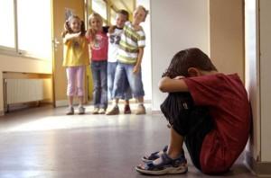 Как помочь ребенку, которого обижают ровесники2