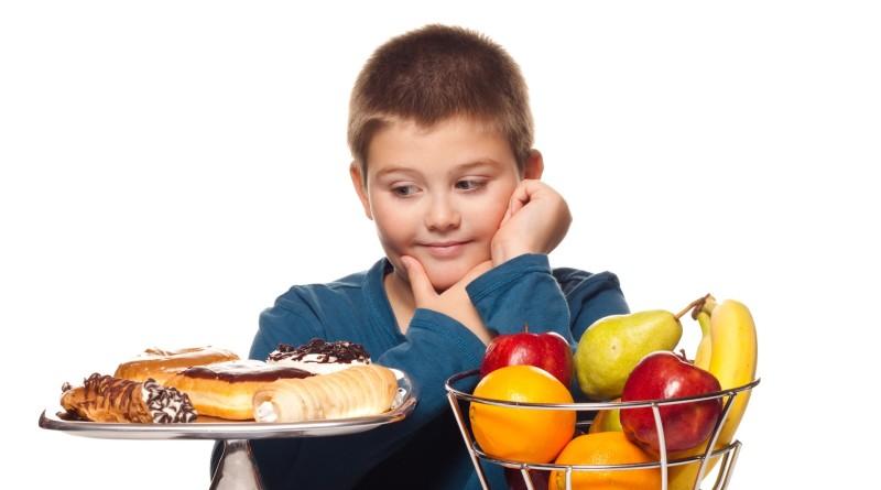Как научить ребенка основам правильного пищевого поведения1