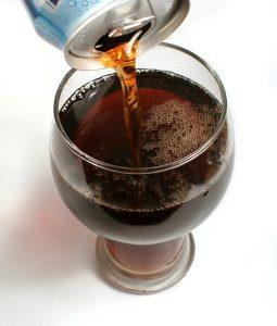 Употребление сладких газированных напитков111