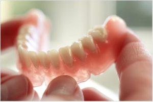 semnoe-protezirovanie-zubov